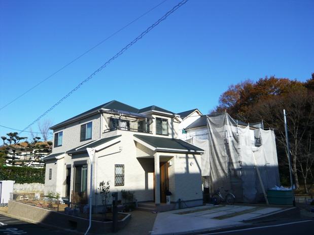 閑静な住宅街  全3区画 <font size=3 color=RED>B号地 上棟致しました。<B></B></font>   堺市南区竹城台4丁