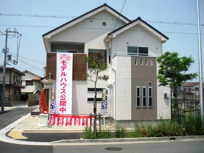 シンフォニータウン北野田駅前通り